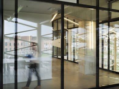 architectesassoc. - Vergaderzaal boven de onthaalhal Photo©Renaud Callebaut