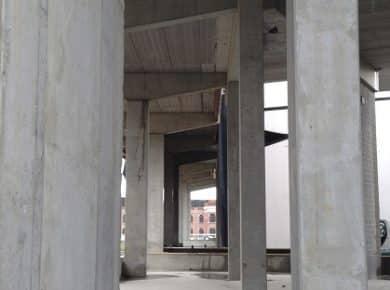 architectesassoc. - Uitzicht vanaf de werkplaatsen (in aanbouw) Photo©Sabine Leribaux