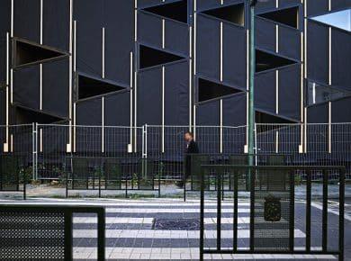 architectesassoc. - Gevel in de Molenbeekstraat in aanbouw  Photo©Greenbizz