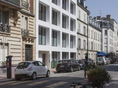 BXLMRS - LVL - View of the building from the street ©StéphanieRoland