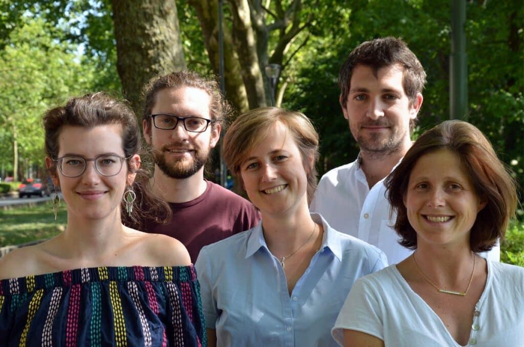 Les 5 fondateurs de Natura Mater - au centre : Camille Mommer ©Natura Mater